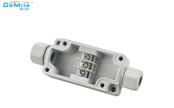 日常使用防水接头和防水接线盒,需要如何配合?