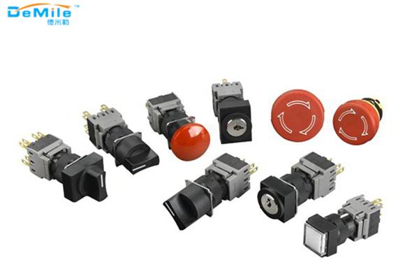 工业插头、工业插座、连接器三者之间的联系